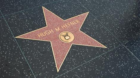 steaua lui Hugh Heffner - imagine preluată de pe facebook